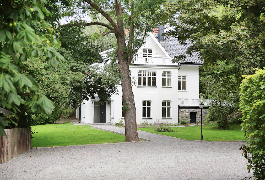 Sveriges lyxigaste fastigheter och de bästa fastighetsmäklarna. Guide