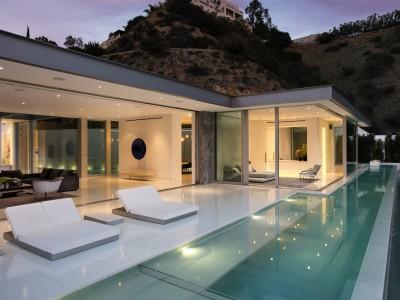 Doheny i Los Angeles av McClean Design