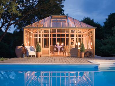 Vacker växt-/glashus från Gabriel Ash och Vansta Trädgård