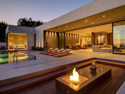 Villa i Los Angeles av La Kaza och Meridith Baer Home
