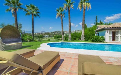 Underbart poolhäng –Casa Cashmere – Spanien – SkandiaMäklarna SELECT
