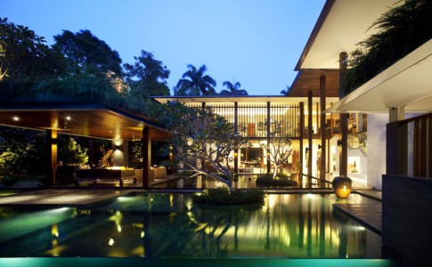 Sun House - fantastisk arkitektur av Guz Architects i Singapore.