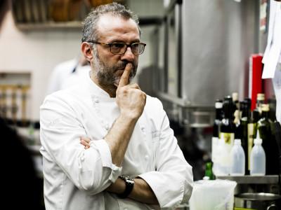 Massimo Bottura, en av världens bästa kockar, har tre stjärnor i Guide Michelin.