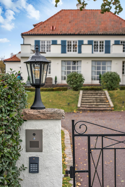 Villa Sleipner i Djursholm – SkandiaMäklarna Danderyd.