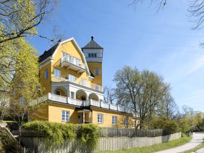 Solstigen på Lidingö – Anna Ski Mäkleri
