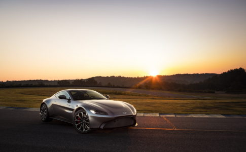 Nya Aston Martin Vantage 2018 hittar du hos Callisma.