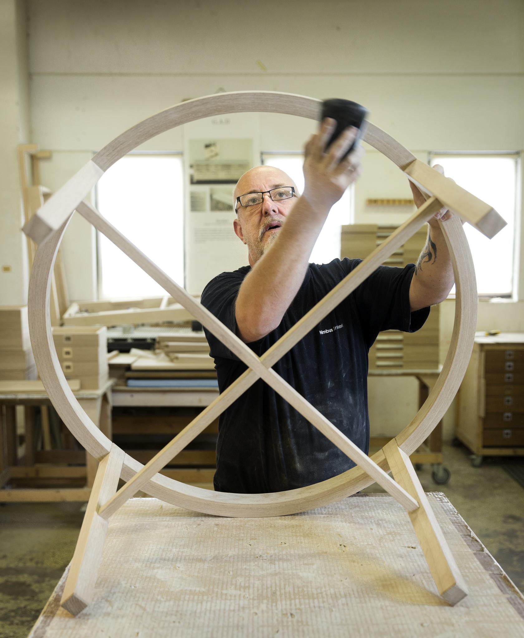 G.A.D är ett gotländskt företag vars möbler genomsyras av ett genuint möbelhantverk och en tidlös design.