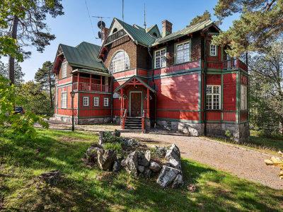 SkandiaMäklarna Danderyd när du letar hem i Djursholm och Danderyd.