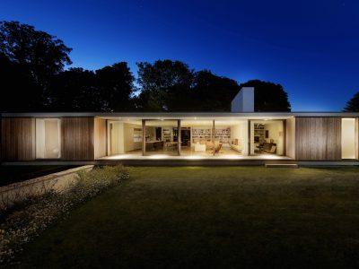 The Quest i engelska Swanage av Ström Architects