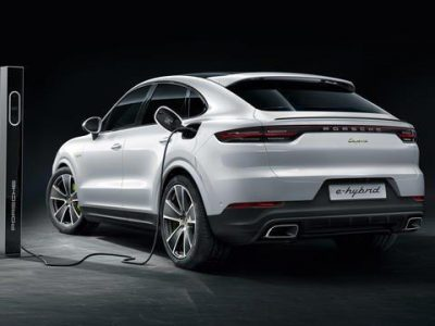 Porsche Cayenne E-Hybrid Coupé Stockholm Edition
