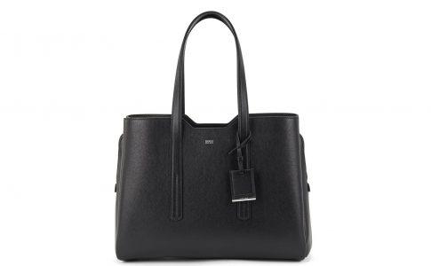 Snygg väska från Hugo Boss. Exklusiva väskor, solglasögon och kläder från Boss.
