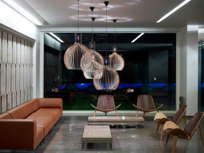 Secto Octo 4240. Exklusiva lampor och exklusiv armatur för ditt vardagsrum.