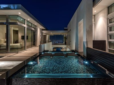 Vi visar exklusiva hem, med sagolik arkitekur, som ligger i Los Angeles och Hollywood