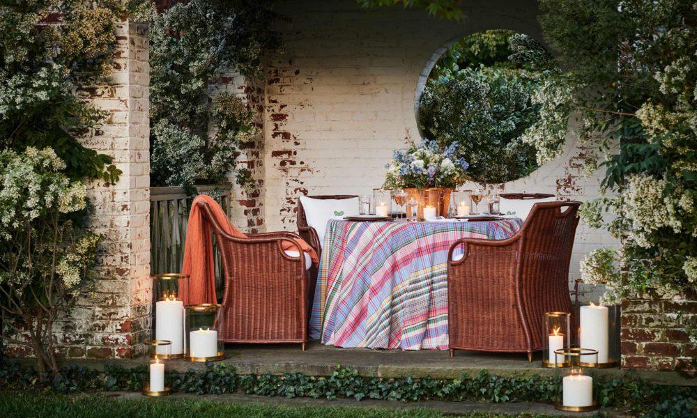Exklusiva möbler för sommaren. Utemöbler och lyxiga lösningar för ditt sommarparadis.