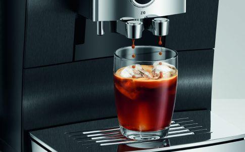 Nyhet från JURA - nya Z10 är en revolutionerande och exklusiv kaffemaskin som gör det godaste kaffet tu kan tänka dig.