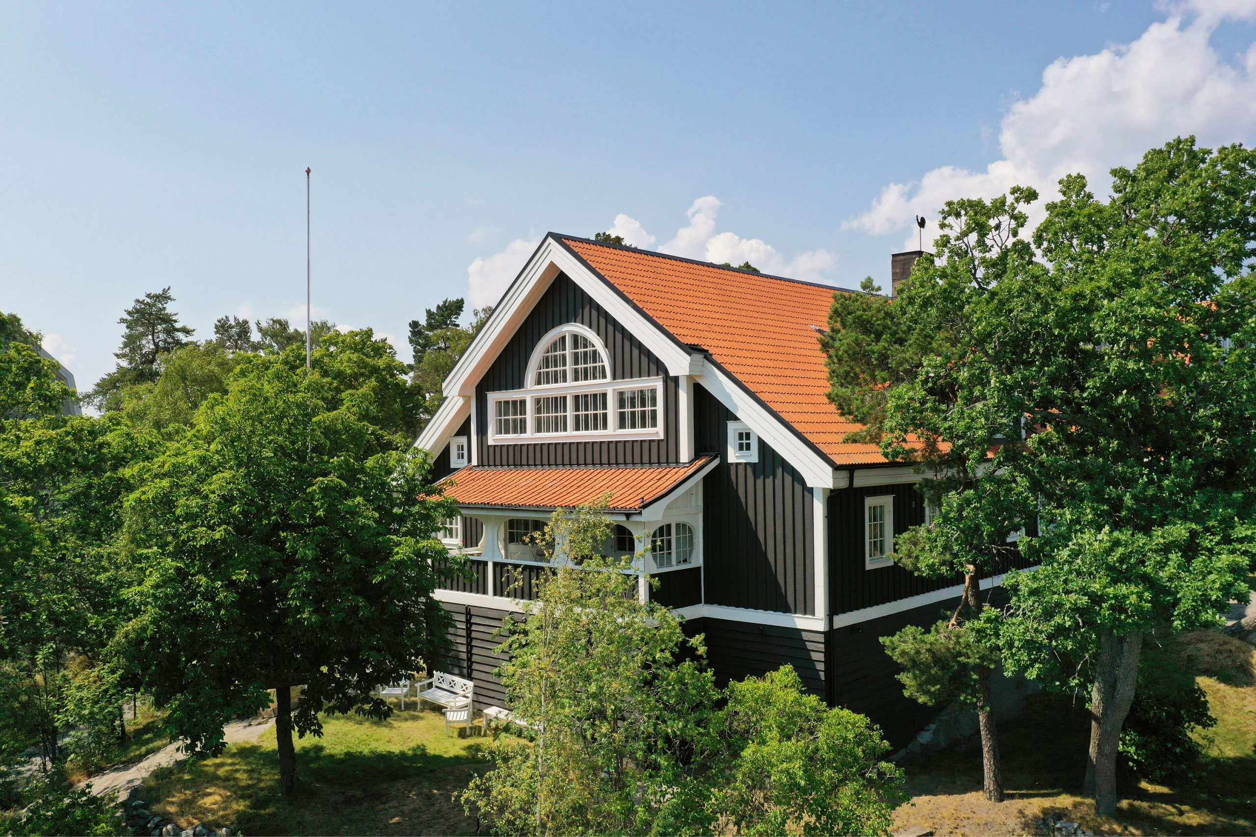 När du ska köpa en exklusiv villa i Saltsjöbaden eller utanför Stockholm - Skeppsholmen Sotheby's International Realty